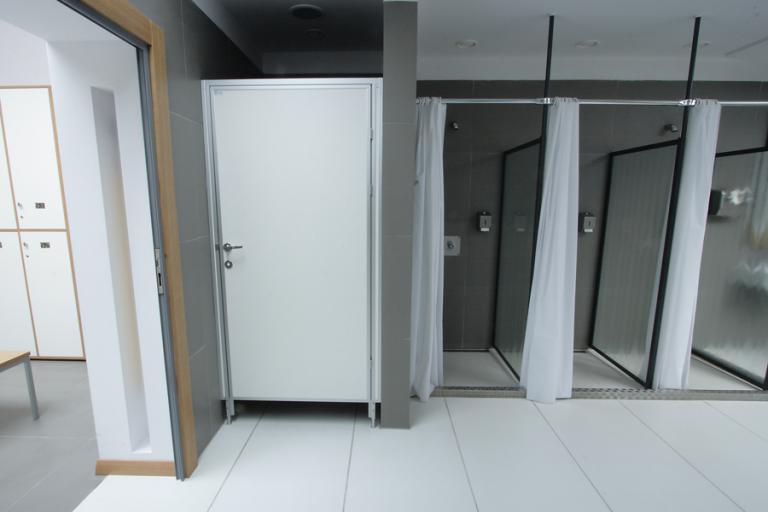 szkolne-kabiny-wc