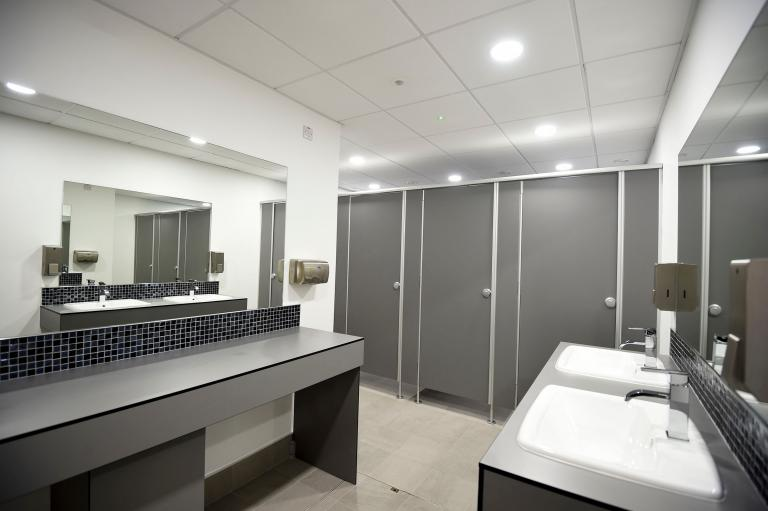 Aquari toilet cabins